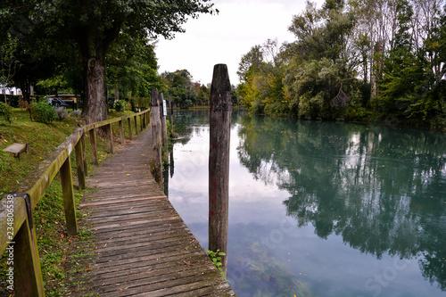 Fotomural Wild Brenta River