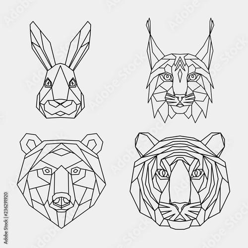 Fototapeta premium Zestaw streszczenie wielokątne zwierząt. Liniowy geometryczny tygrys, ryś, zając, niedźwiedź. Ilustracji wektorowych.
