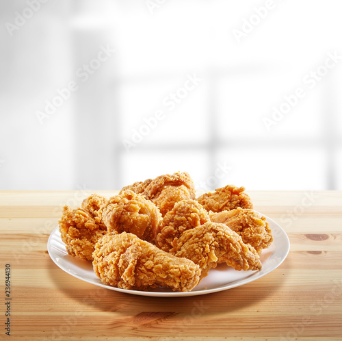 crispy coated batter southern style fried chicken in a wooden table Tapéta, Fotótapéta
