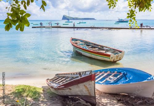 Fotografie, Obraz Barques de pêche à Cap Malheureux, Coin de Mire, Maurice