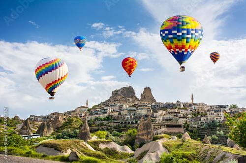 Valokuvatapetti The great tourist attraction of Cappadocia - balloon flight