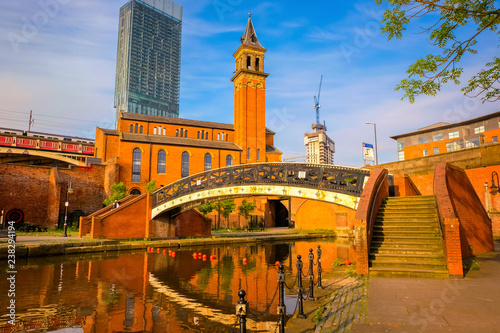 Photo Castlefield - inner city conservation area in Manchester, UK
