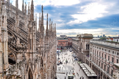 Photo Milan cityscape from top of Milan Cathedral, Italy