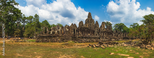 Canvas Print Prasat Bayon with smiling stone faces is the central temple of Angkor Thom Complex, Siem Reap, Cambodia