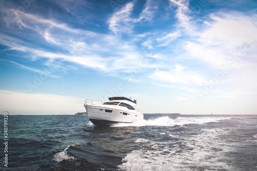 Carta da parati Luxury Motor Boat