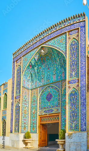 Платно The complex tilework of Imam Zadeh Jafar Shrine, Yazd, Iran