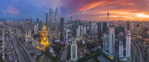 Obraz na plátně Kuala Lumpur from bird eye view