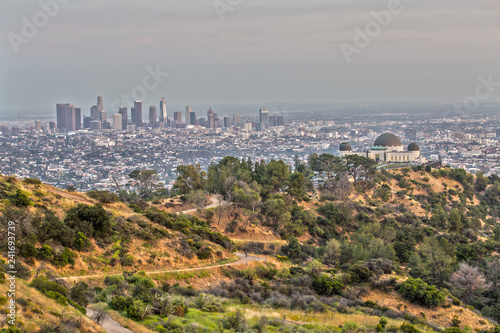 Canvastavla Griffith Observatory and the Skyline of Los Angeles