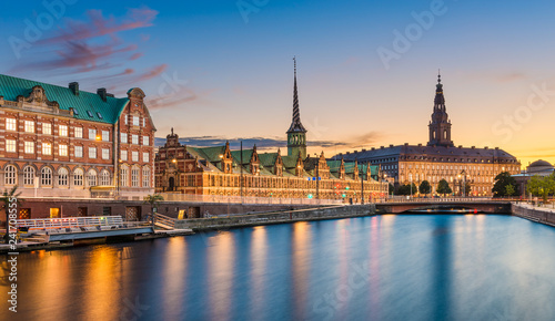 Photo Night skyline panorama of Copenhagen, Denmark