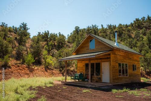 Stampa su Tela Small cabin retreat in Southern Utah wilderness