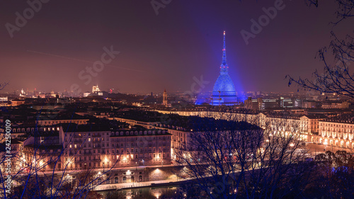 Fotografie, Obraz Skyline di Torino a Natale