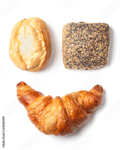 Breakfast bread roll and croissant isolated on white Fototapete