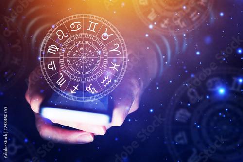 Murais de parede Astrology smartphone app concept