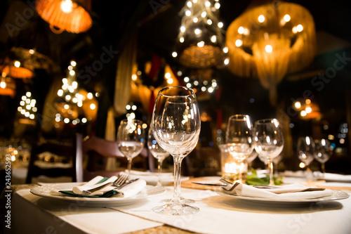 Served dinner table. Restaurant interior Fototapete