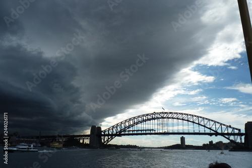 Obraz na plátně Sydney, Australia - Storm clouds over sidney looking like mothership from indepe