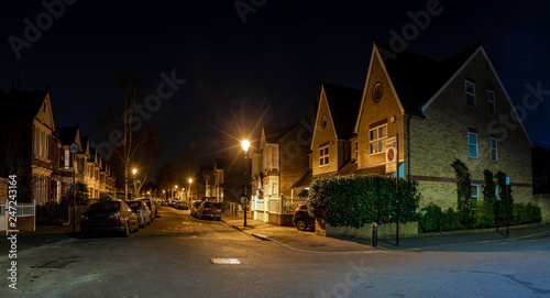 Canvas Print Chiswick suburb in the night, London