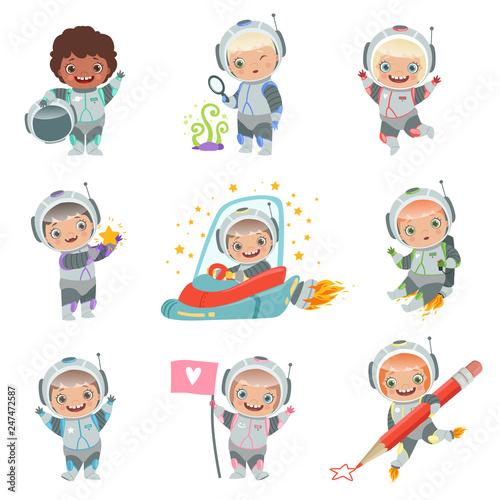 Carta da parati Childrens in space