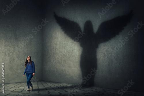 Fotografija guardian angel shadow