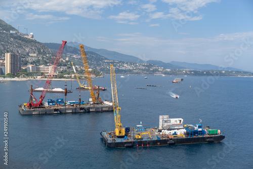 Obraz na płótnie Construction crane barges