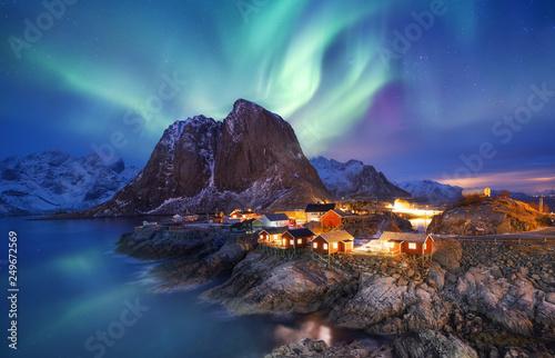 Fotografia Aurora borealis on the Lofoten islands, Norway
