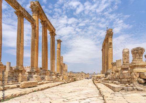 Cardo Maximus, main colonnaded street of the Roman city of Jerash, Jordan Fotobehang