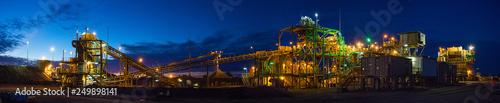 Fotografia Night view of a copper mine head in NSW Australia