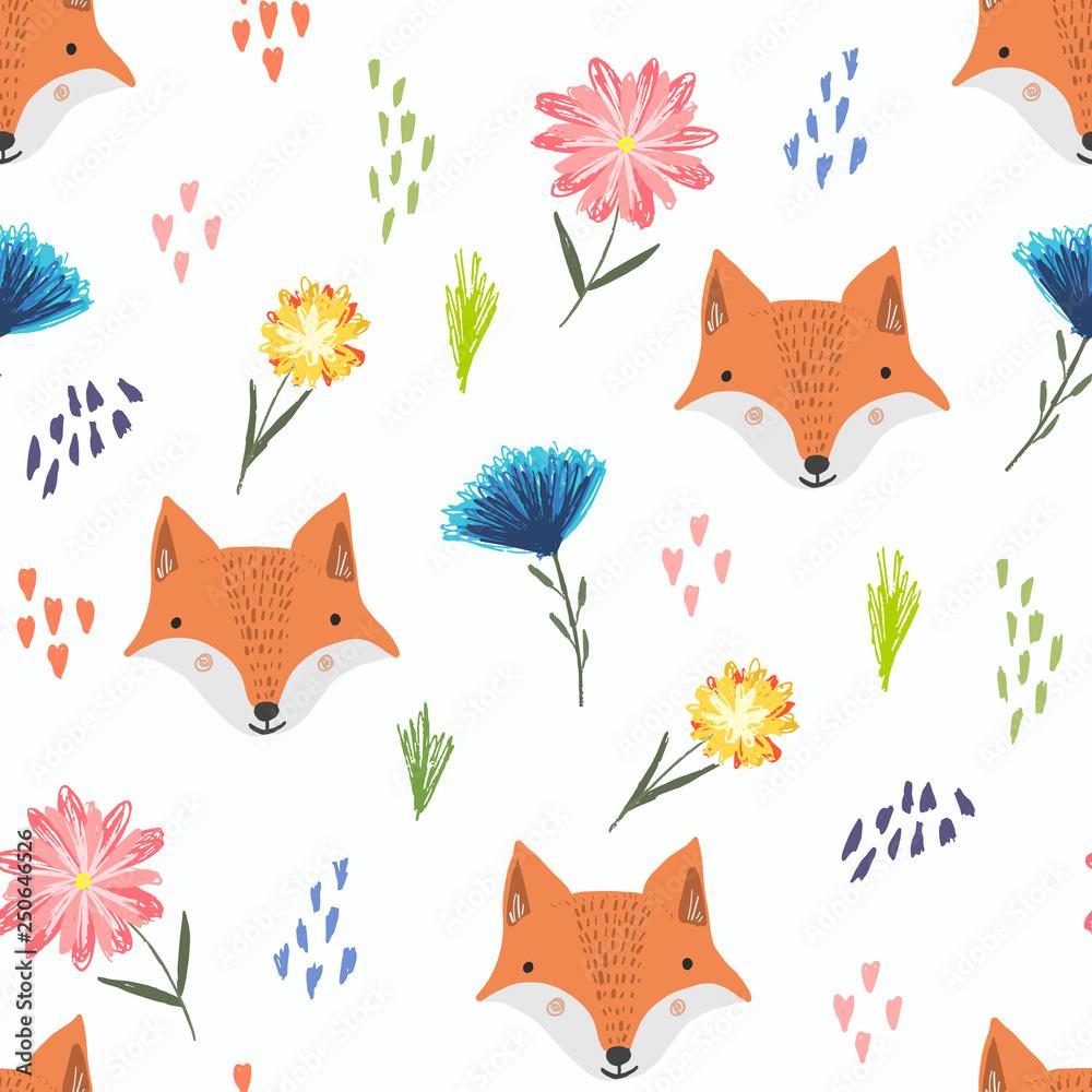 Ładny wzór z lisów pomarańczowy kreskówka, kolorowe kropki i dziecinne kwiaty. Śmieszne lato ręcznie rysowane tekstury foxy dla dzieci projektowanie, tapety, tekstylia, papier pakowy <span>plik: #250646526   autor: Tatahnka</span>