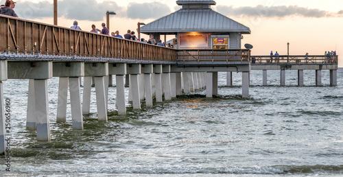 Fort Myers Pier at sunset - Florida Fototapeta