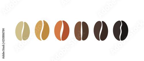 Fotografia Coffee bean set. Isolated coffe beans on white background