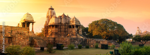 Fotografie, Obraz Western Group of Temples at Khajuraho, Madhya Pradesh, India - A Unesco world he