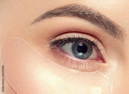 Slika na platnu Eyes cosmetic mask healthy eye skin woman beauty
