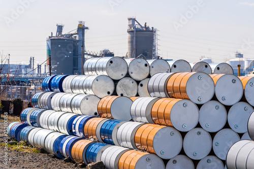 Billede på lærred Metal Oil barrels