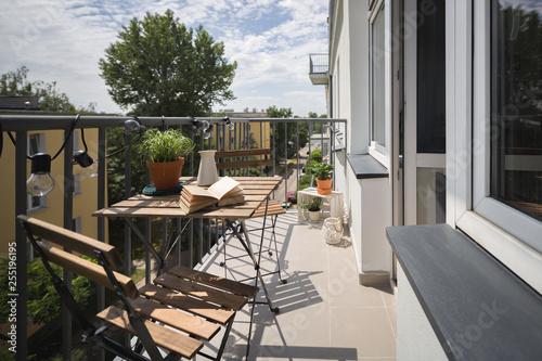 Fotografia Leisure area on a balcony