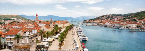 Photo The old town of Trogir in Dalmatia, Croatia, Europe