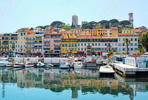 Canvastavla Old city and harbor in Cannes, French Riviera, France