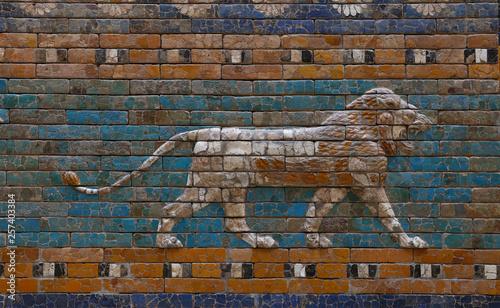Fotografía Glazed brick bas relief of Ishtar Gate of Babylon