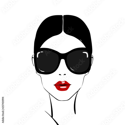 Photo Beautiful woman face with red lips make-up and sunglasses hand drawn vector illustration