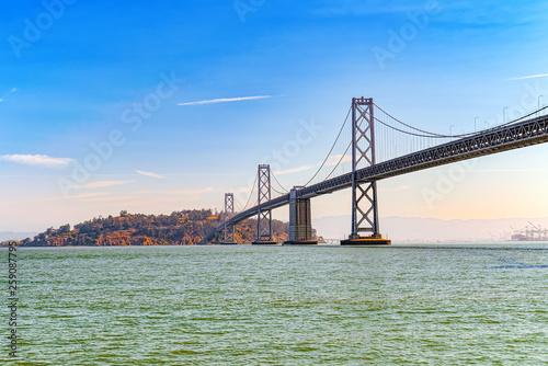 Stampa su Tela Oakland Bay Bridge. Ocean Quay in the north of San Francisco.