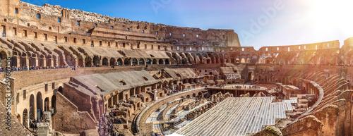 Canvas-taulu Roman Colosseum, Rome, Italy