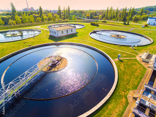 Photographie Aerial view to sewage treatment plant