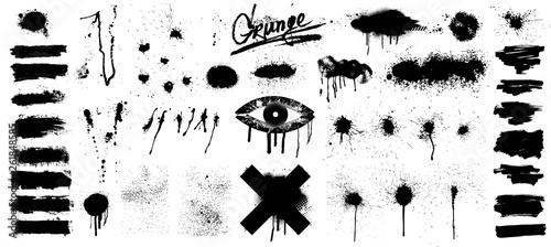 Bardzo ładna kolekcja czarnej farby, świetne opracowanie, szablon sprayu graffiti szablon pędzla, pędzle, linie. Plamy farby ikon. Okrągłe elementy projektu grunge. Zestaw na białym tle wektor