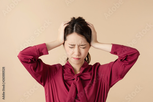 Canvas-taulu 頭痛の女性