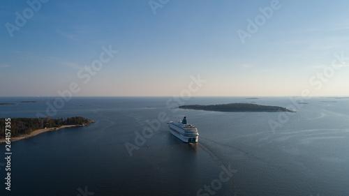 Obraz na płótnie Modern ferry depart from port of Helsinki to Tallinn