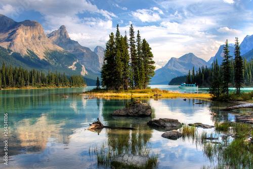 Fotografie, Obraz Spirit Island - Jasper, Alberta, Canada