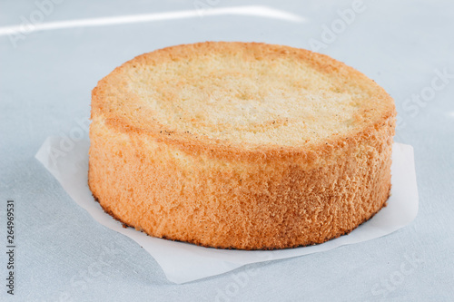 Valokuvatapetti Sponge cake of chocolate on the table