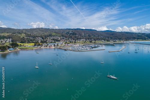 Valokuvatapetti Half Moon Bay Harbor eith Yachts and Boats in Background