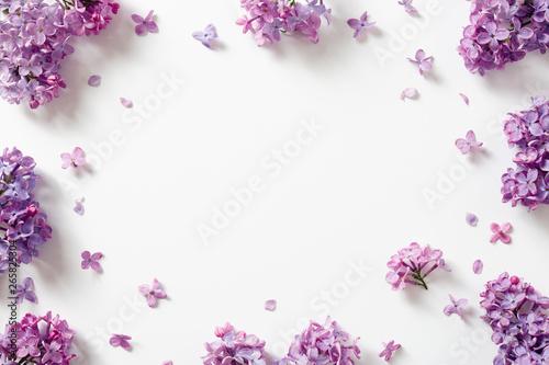 Valokuva Decorative frame of beautiful purple lilac flowers.
