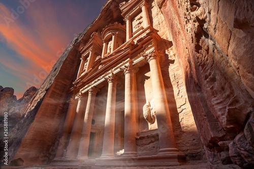Fototapeta Palazzo del Tesoro a Petra, Giordania