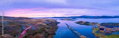 Photo Sunset on  beautiful rocky cove