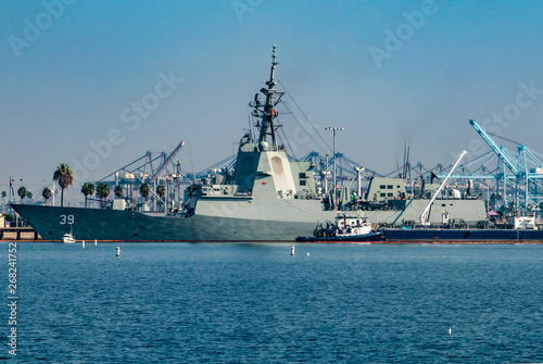 Canvas Print The HMAS Hobart (DDG 39),  at the Port of Los Angeles, is the lead ship of the Hobart-class air warfare destroyers used by the Royal Australian Navy (RAN)